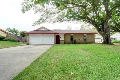 Grapevine Single Family Home For Sale: 804 Lucas
