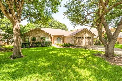 Grapevine Single Family Home For Sale: 3330 Summerfield Drive