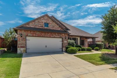 Tarrant County Single Family Home For Sale: 12704 Travers Trail