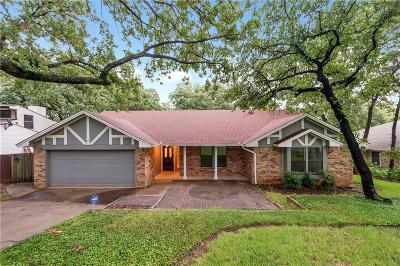 Grapevine Single Family Home For Sale: 2829 Brookshire Drive