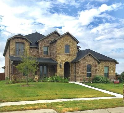 Waxahachie Single Family Home For Sale: 125 Water Garden Drive