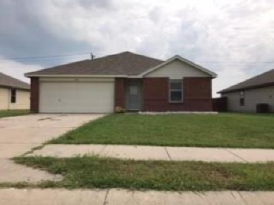 Terrell Single Family Home Active Option Contract: 240 Meadowcrest