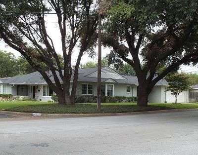 Fort Worth Single Family Home For Sale: 4241 Selkirk Drive W