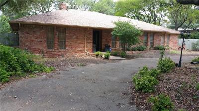 Dallas Single Family Home For Sale: 7631 Meadow Road