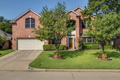 Mansfield Single Family Home For Sale: 2410 Forest Park Circle