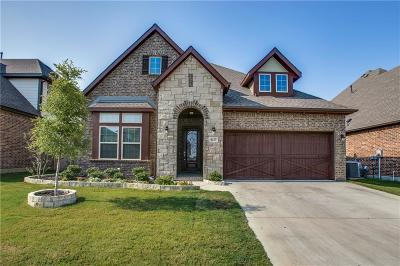 Fort Worth Single Family Home For Sale: 8237 Sandhill Crane Drive