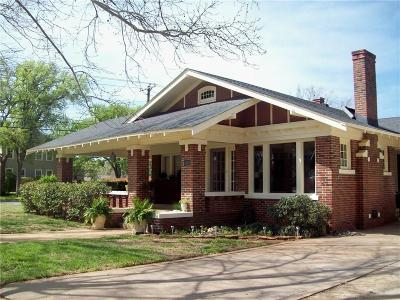 Graham Single Family Home For Sale: 830 Kentucky Street