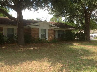 Euless Single Family Home For Sale: 702 Commerce Street