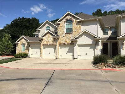 Grapevine Townhouse For Sale: 2610 Eagle Circle