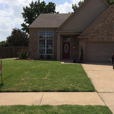 Watauga Single Family Home For Sale: 6901 Quail Meadow
