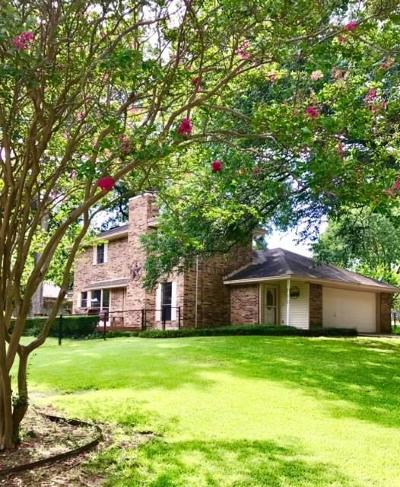 Crandall Single Family Home For Sale: 702 Clearman Drive