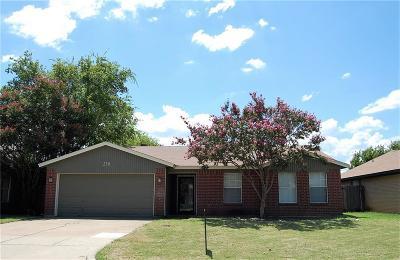 Arlington Single Family Home For Sale: 230 Freedom Lane