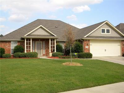 Benbrook Single Family Home For Sale: 3925 Palomino Drive