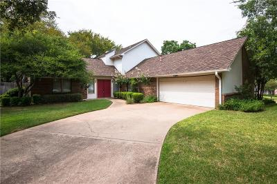 Grapevine Single Family Home For Sale: 2817 N Creekwood Drive