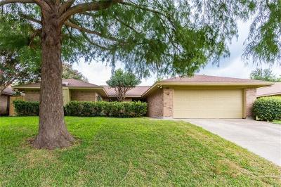 Benbrook TX Single Family Home For Sale: $219,900