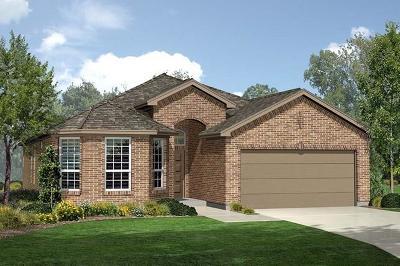 Denton Single Family Home For Sale: 221 Red Fox Lane