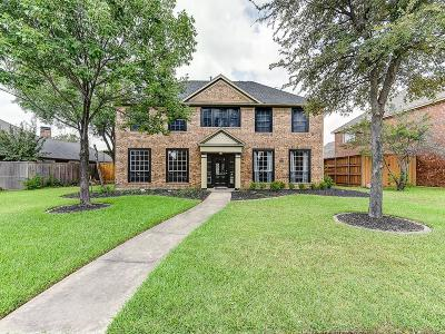 Carrollton Single Family Home For Sale: 4009 Crestwood Drive