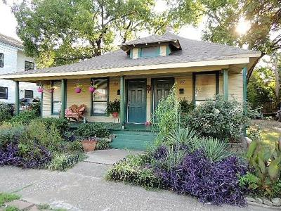 Dallas Single Family Home For Sale: 305 N Polk Street