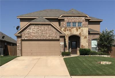 Burleson Single Family Home For Sale: 1100 Hidden Lake Drive