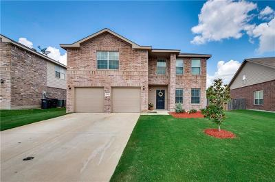 Fort Worth Single Family Home For Sale: 10628 Winding Passage Way