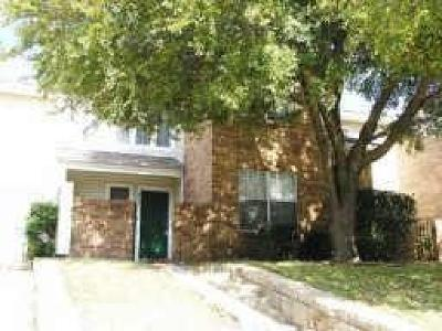 Residential Lease For Lease: 839 Creekside Drive