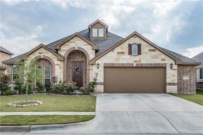 Burleson Single Family Home For Sale: 413 Delaware Street