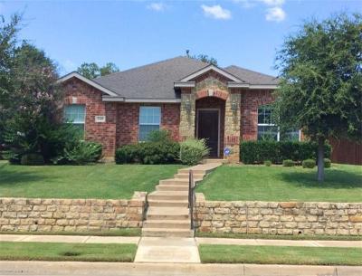 Denton Single Family Home For Sale: 2109 Creekdale Drive