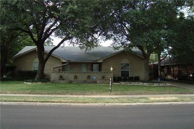 Irving Single Family Home For Sale: 517 Hanover Lane