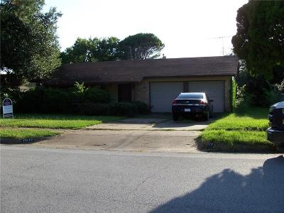 Euless Single Family Home For Sale: 1011 N Ector Drive