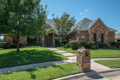 North Richland Hills Single Family Home For Sale: 7905 Forest Ridge Court