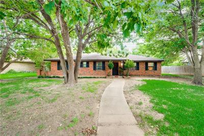 Grand Prairie Single Family Home For Sale: 1405 Roman Road