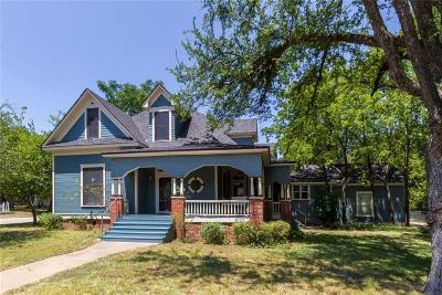 Cleburne Single Family Home For Sale: 228 W Heard Street