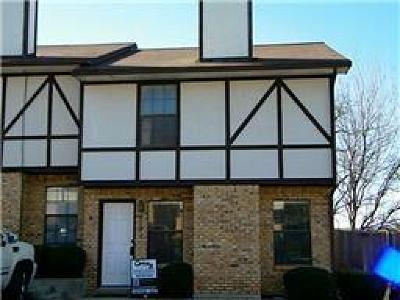 Denton Townhouse For Sale: 1151 Dallas Drive
