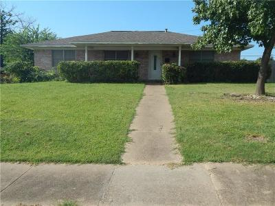 Grand Prairie Single Family Home For Sale: 817 Austrian Road