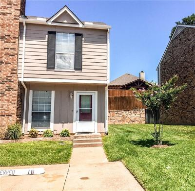 Euless Townhouse For Sale: 16 Abbey Road