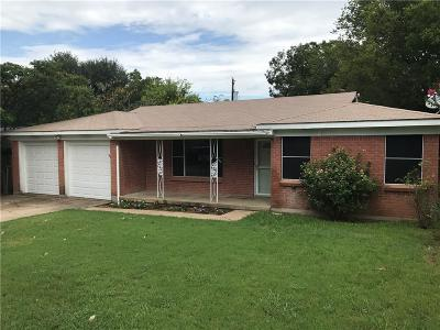 White Settlement Single Family Home For Sale: 8548 Gibbs Drive