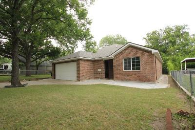 Fort Worth Single Family Home For Sale: 3810 Byers Avenue