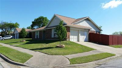 Watauga Single Family Home For Sale: 6500 Hughes Drive