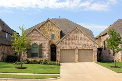 Grapevine Single Family Home For Sale: 326 Hill Creek Lane