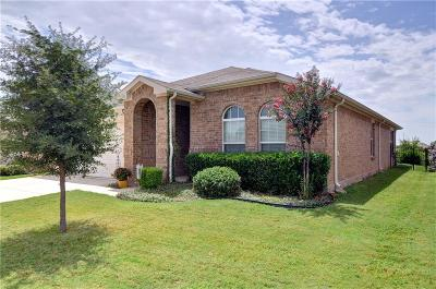 Fort Worth Single Family Home For Sale: 15921 Blaketree Drive