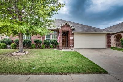 Grand Prairie Single Family Home For Sale: 5923 Lantern Lane
