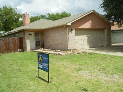 Fort Worth Single Family Home For Sale: 2534 Winding Road