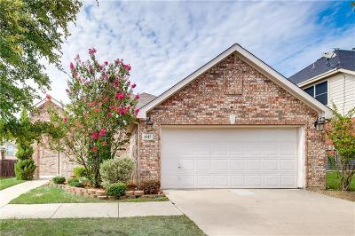 Little Elm Single Family Home For Sale: 1017 Wagon Trail Drive