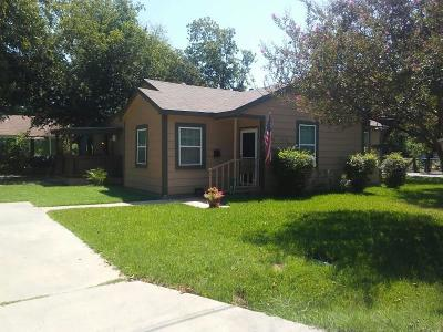 Kaufman Single Family Home For Sale: 707 S Jackson Street