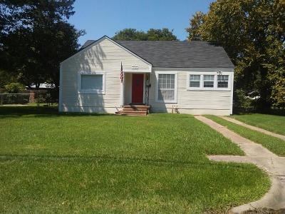 Kaufman Single Family Home For Sale: 902 S Jefferson Street