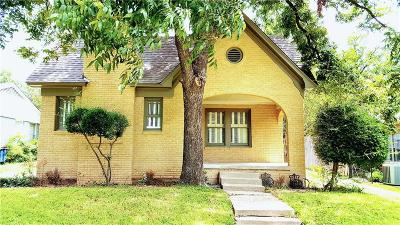 Fort Worth Single Family Home For Sale: 2205 Tremont Avenue