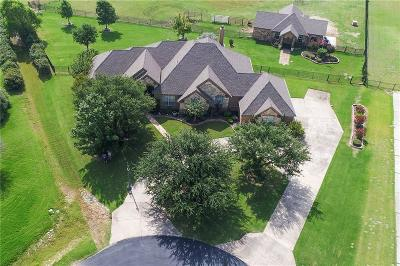 Haslet Single Family Home For Sale: 909 Carrington Court