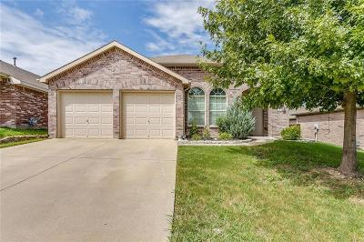 Fort Worth Single Family Home For Sale: 6149 Bowfin Drive