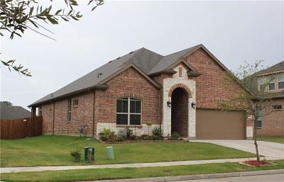 Denton Single Family Home For Sale: 2208 Corsair Lane