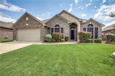 Arlington Single Family Home For Sale: 7711 Black Willow Lane